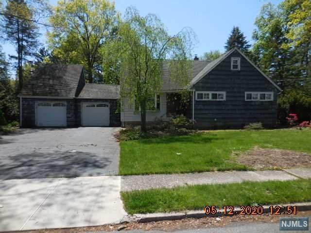80 Howard Drive, Old Tappan, NJ 07675 (MLS #20016458) :: William Raveis Baer & McIntosh