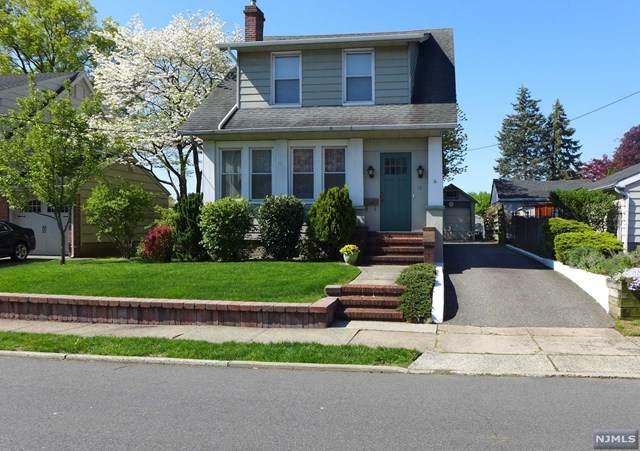 15 Peek Street, Rochelle Park, NJ 07662 (MLS #20016516) :: The Sikora Group
