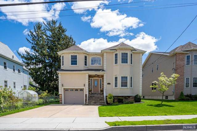172 10th Street, Wood Ridge, NJ 07075 (MLS #20016526) :: The Sikora Group
