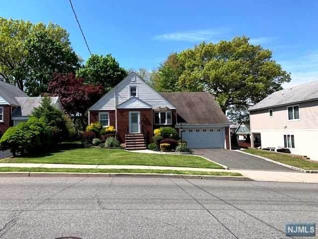 354 Union Avenue, Wood Ridge, NJ 07075 (MLS #20016640) :: The Sikora Group