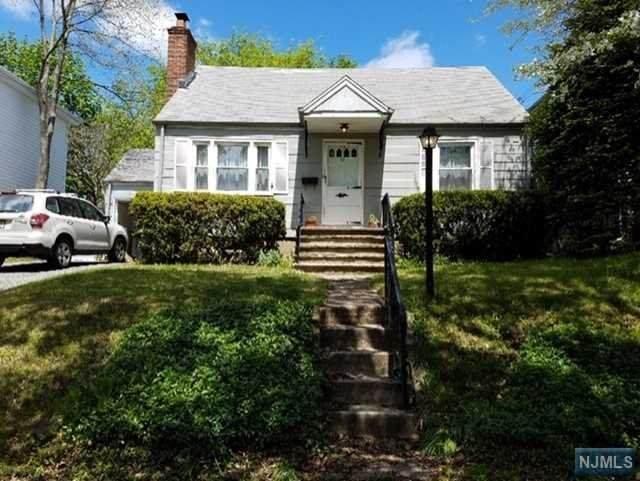 45 Pleasant Avenue, Bergenfield, NJ 07621 (MLS #20016918) :: The Sikora Group