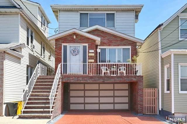 72 Grant Street, Fairview, NJ 07022 (MLS #20017044) :: The Sikora Group