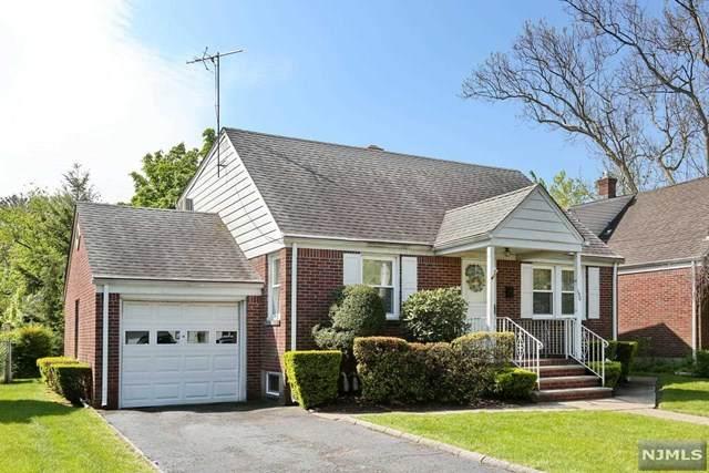 150 Lincoln Avenue, Elmwood Park, NJ 07407 (MLS #20017066) :: The Sikora Group