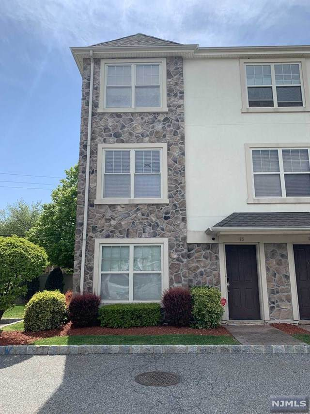 1625 Paterson Plank Road, Secaucus, NJ 07094 (MLS #20017189) :: The Sikora Group