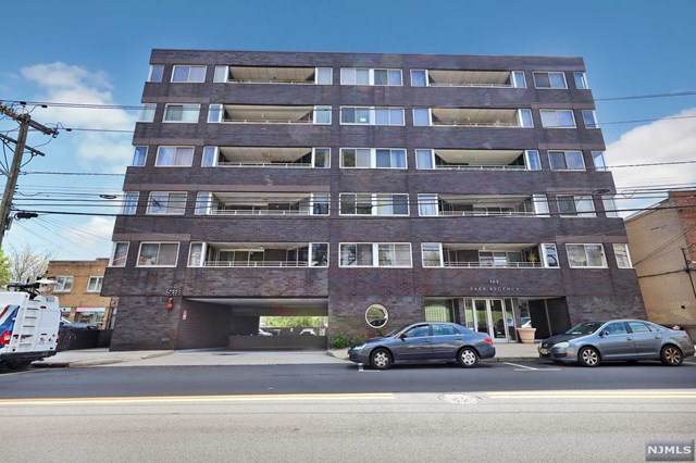 364 Palisade Avenue 1A, Cliffside Park, NJ 07010 (MLS #20017199) :: The Sikora Group