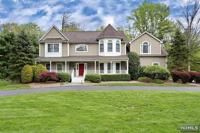 330 Hillside Avenue, Allendale, NJ 07401 (MLS #20017300) :: The Sikora Group