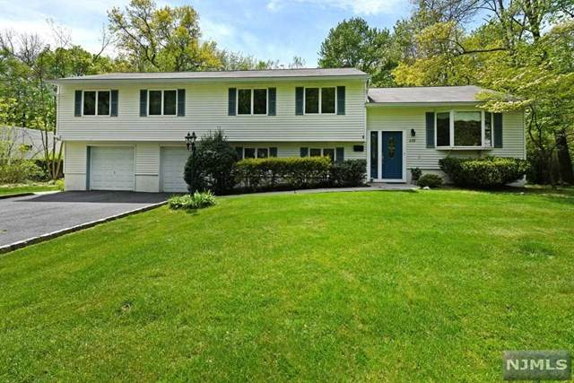 232 West Place, Twp Of Washington, NJ 07676 (#20017325) :: Bergen County Properties
