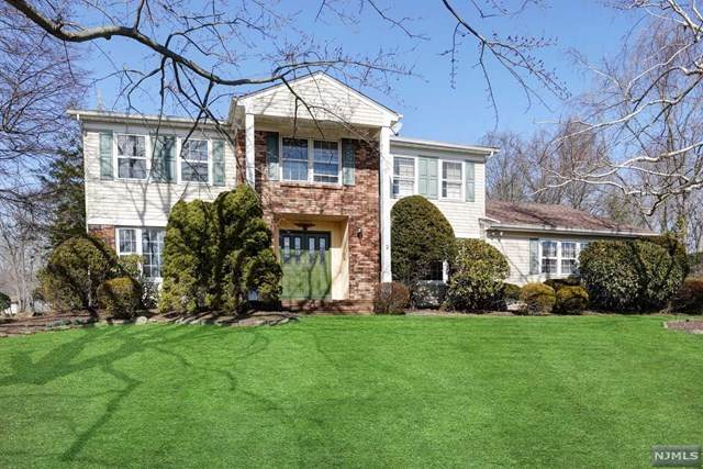 2 Cory Court, Par-Troy Hills Twp., NJ 07054 (MLS #20017422) :: The Sikora Group