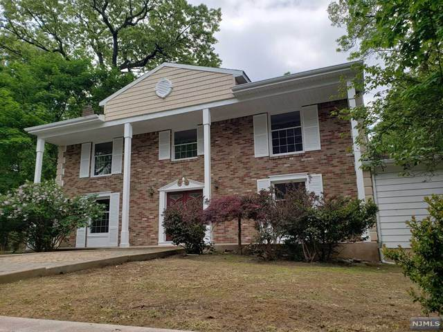 96 Heights Road, Paramus, NJ 07652 (#20017682) :: NJJoe Group at Keller Williams Park Views Realty