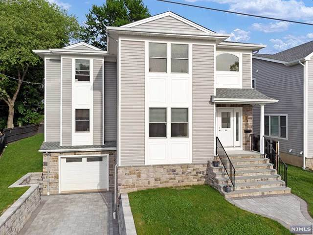23 E Glenwood Drive, Bergenfield, NJ 07621 (MLS #20017711) :: The Sikora Group