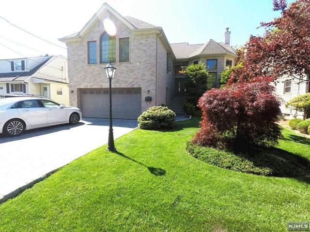 32 Walnut Street, Fairview, NJ 07022 (MLS #20017991) :: The Sikora Group