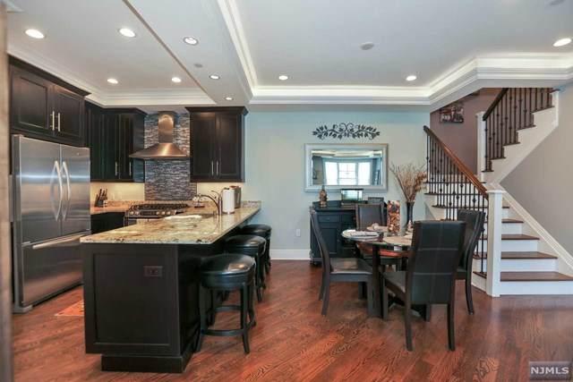 4 Marquis Court #4, Edgewater, NJ 07020 (MLS #20018375) :: Team Braconi | Prominent Properties Sotheby's International Realty