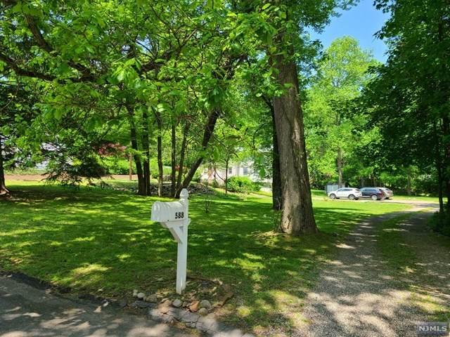 588 Baylor Avenue, River Vale, NJ 07675 (MLS #20018475) :: William Raveis Baer & McIntosh