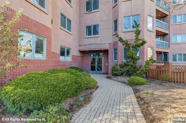 504 Penn Court, Edgewater, NJ 07020 (MLS #20018509) :: William Raveis Baer & McIntosh