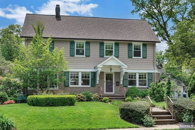 16 Yale Terrace, Montclair, NJ 07042 (MLS #20018588) :: The Dekanski Home Selling Team