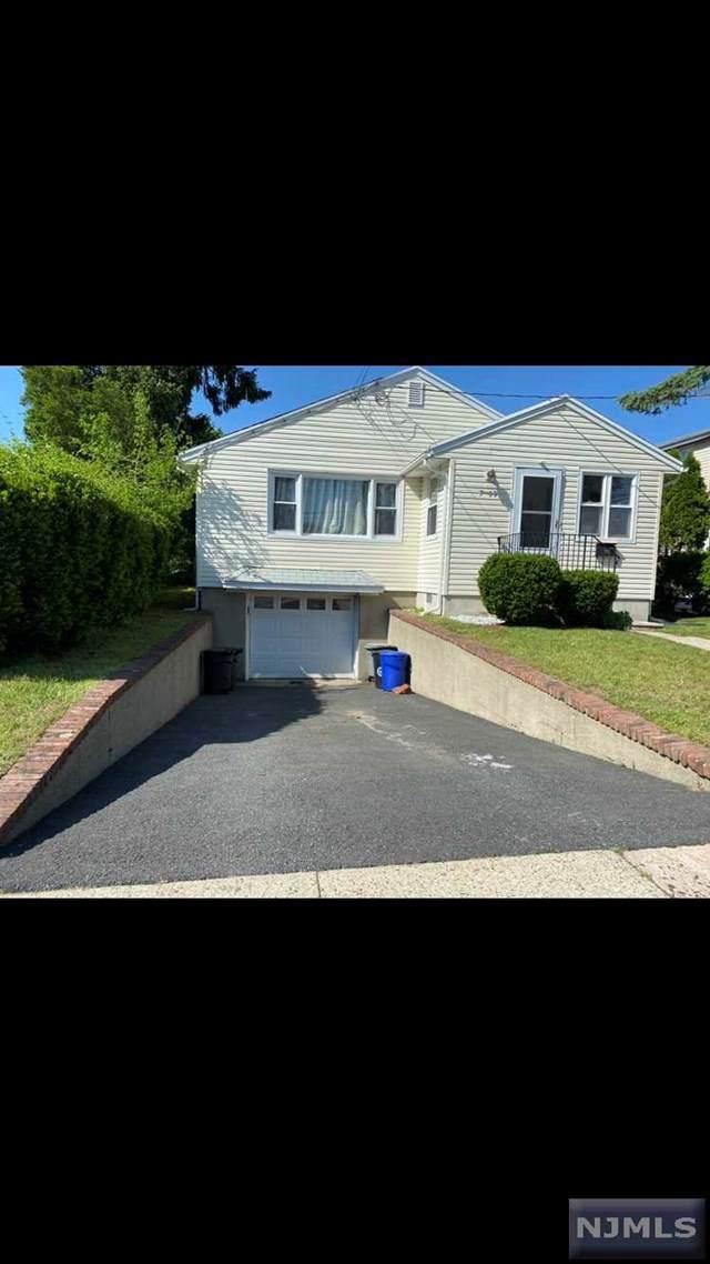7-09 Henderson Boulevard, Fair Lawn, NJ 07410 (MLS #20018613) :: William Raveis Baer & McIntosh