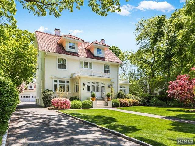311 Ridgewood Avenue, Glen Ridge, NJ 07028 (MLS #20018909) :: Team Francesco/Christie's International Real Estate