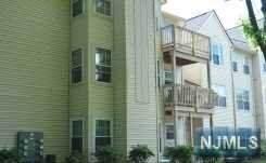 31 Spruce Court #107, Clifton, NJ 07014 (MLS #20019100) :: Team Francesco/Christie's International Real Estate