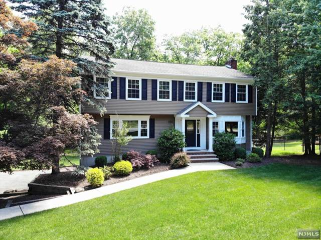 834 Rivervale Road, River Vale, NJ 07675 (MLS #20019587) :: William Raveis Baer & McIntosh