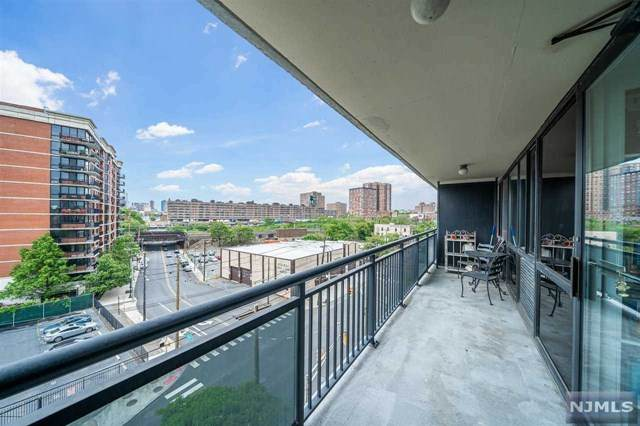 551 Observer Highway 6G, Hoboken, NJ 07030 (MLS #20019710) :: William Raveis Baer & McIntosh