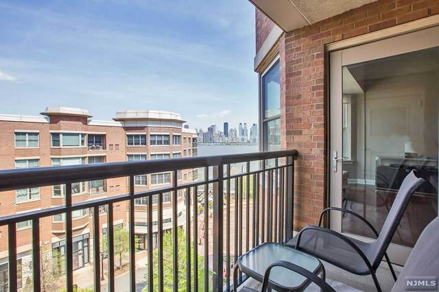 22 Ave At Port Imperial #504, West New York, NJ 07093 (MLS #20019877) :: The Sikora Group