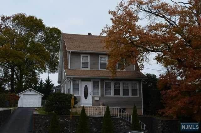 165 Hoover Avenue, Bloomfield, NJ 07003 (MLS #20020000) :: The Sikora Group