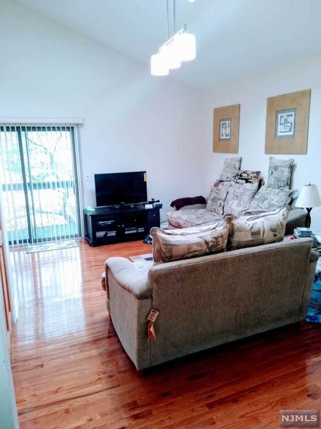 497 Main Avenue #6, Wallington, NJ 07057 (#20020074) :: Bergen County Properties