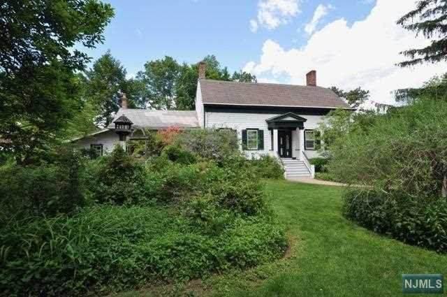 321 Orangeburgh Road, Old Tappan, NJ 07675 (#20021042) :: Bergen County Properties