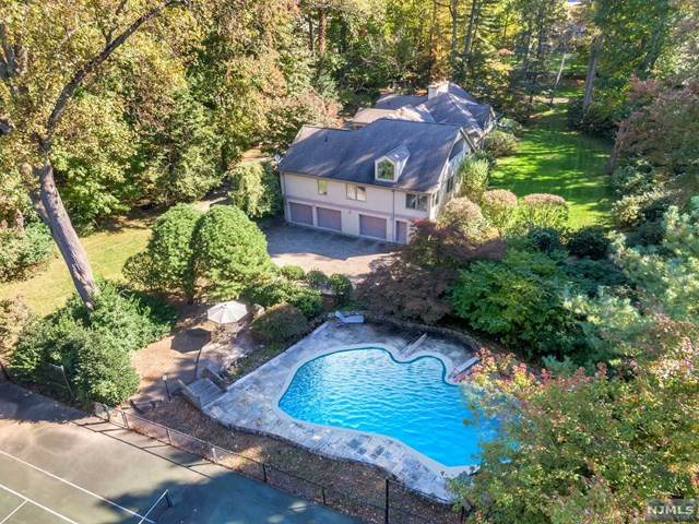 14 Lambs Lane, Cresskill, NJ 07626 (#20024687) :: Bergen County Properties