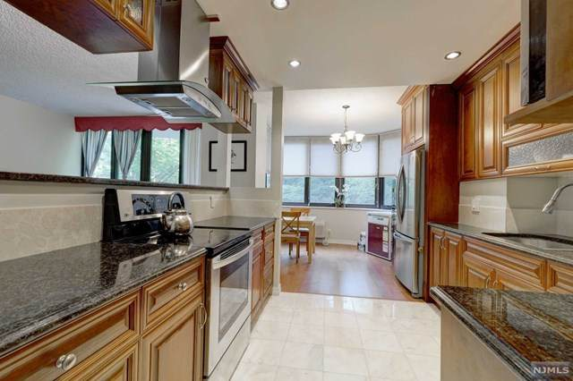 100 Winston Drive 1HS, Cliffside Park, NJ 07010 (MLS #20024812) :: William Raveis Baer & McIntosh