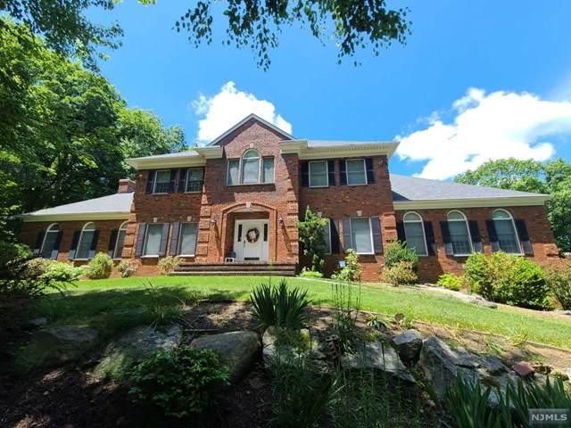 18 Stonehedge Drive, Hardyston, NJ 07460 (MLS #20025193) :: William Raveis Baer & McIntosh