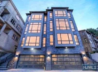 44 State Rt 5 B, Edgewater, NJ 07020 (MLS #20025299) :: Team Francesco/Christie's International Real Estate