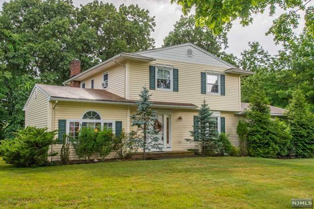 36 Sears Place, Wayne, NJ 07470 (MLS #20025327) :: William Raveis Baer & McIntosh