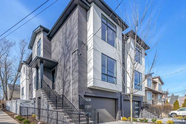 2337 Franklin Street, Fort Lee, NJ 07024 (MLS #20025348) :: Team Francesco/Christie's International Real Estate