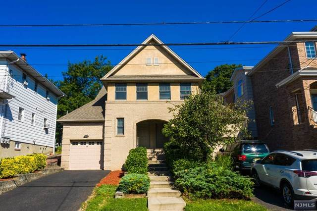 2415 5th Street Left Side, Fort Lee, NJ 07024 (MLS #20025450) :: Team Francesco/Christie's International Real Estate