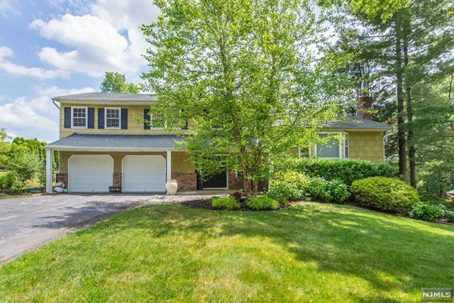 63 Benson Drive, Wayne, NJ 07470 (MLS #20025562) :: William Raveis Baer & McIntosh