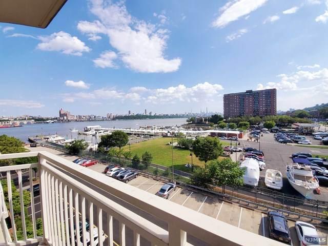1055 River Road #513, Edgewater, NJ 07020 (MLS #20025675) :: Team Francesco/Christie's International Real Estate
