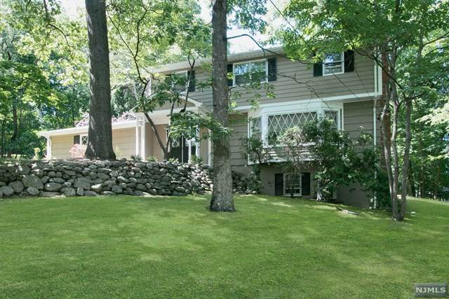 578 Colonial Road, River Vale, NJ 07675 (MLS #20025830) :: The Sikora Group