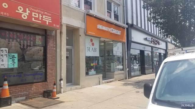 316 Broad Avenue - Photo 1