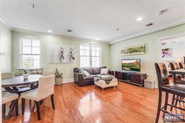 264 5th Street 3D, Hoboken, NJ 07030 (#20026114) :: Bergen County Properties