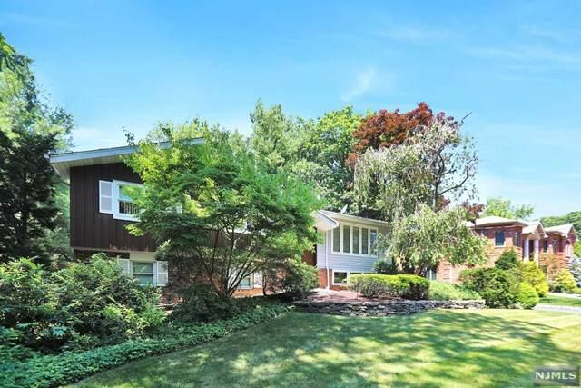644 Floyd Street, Englewood Cliffs, NJ 07632 (MLS #20026136) :: Team Francesco/Christie's International Real Estate