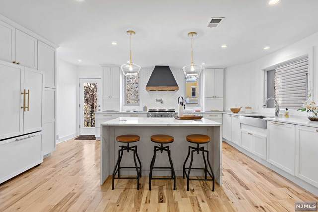 156 Nesbit Street, Weehawken, NJ 07086 (#20026546) :: Bergen County Properties