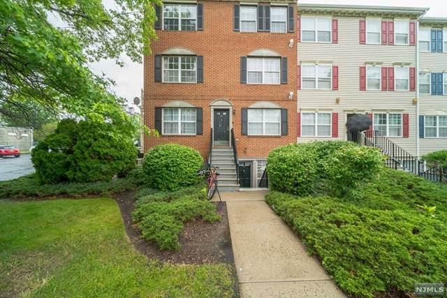 99 Wickliffe Street, Newark, NJ 07103 (MLS #20027071) :: The Sikora Group
