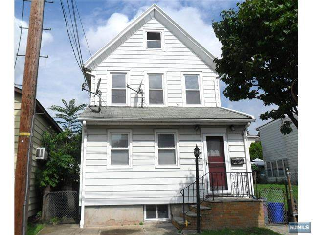 408 8th Street, Carlstadt, NJ 07072 (MLS #20028419) :: William Raveis Baer & McIntosh