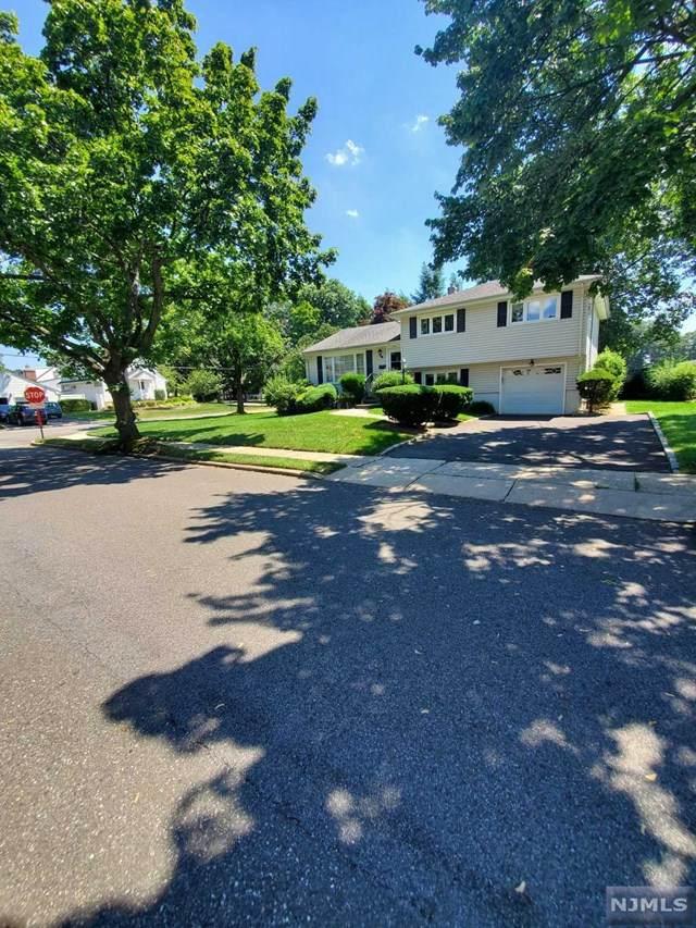 346 Morris Lane, New Milford, NJ 07646 (#20029384) :: Bergen County Properties