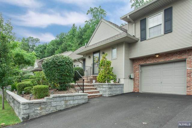 32 Allison Way, Emerson, NJ 07630 (MLS #20029478) :: Team Francesco/Christie's International Real Estate