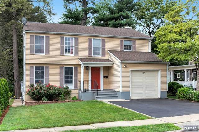 84 Murray Hill Terrace, Bergenfield, NJ 07621 (MLS #20029706) :: The Lane Team