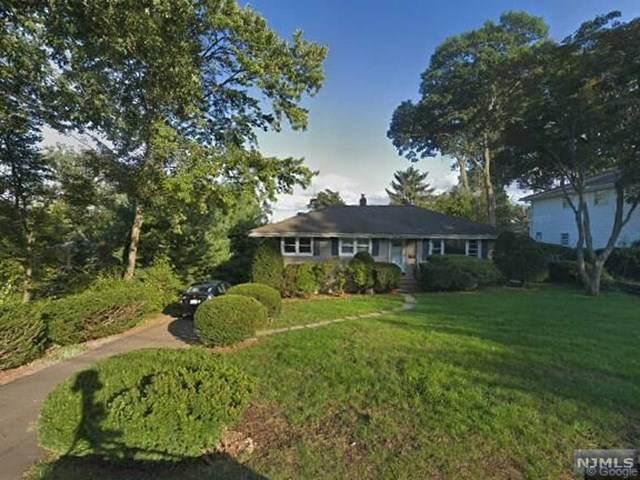 425 Smith Place, Ridgewood, NJ 07450 (MLS #20031039) :: William Raveis Baer & McIntosh