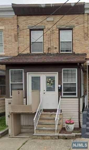 721 Devon Street, Kearny, NJ 07032 (MLS #20031105) :: The Lane Team