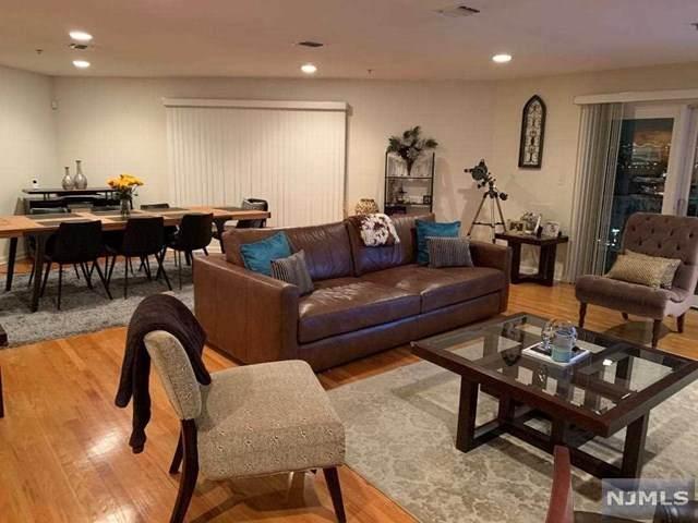 40 Legend Hills Drive #40, Edgewater, NJ 07020 (MLS #20031326) :: William Raveis Baer & McIntosh